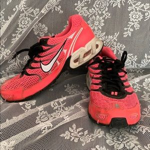 Nike Air Max pink and black womens tennis shoes